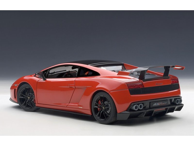 lamborghini gallardo lp570 su autoart 74691. Black Bedroom Furniture Sets. Home Design Ideas